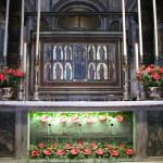 oltarz-w-bazylice-sw-marka448